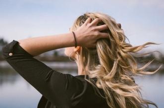 Najlepšie vitamíny na vlasy. Účinný šampón proti vypadavaniu vlasov 2019. pomáhajú tabletky na rast vlasov?